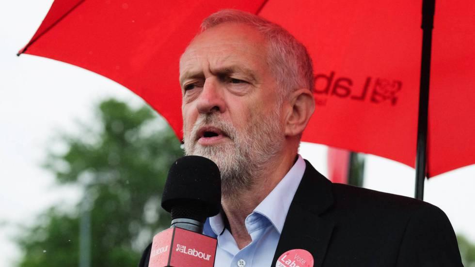 Los políticos reanudan la campaña para las elecciones británicas
