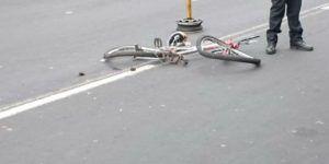 Microbús mata a ciclista en la Gustavo A. Madero