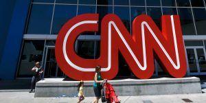 Renuncian tres reporteros de CNN por escándalo en reportaje sobre Trump y Rusia
