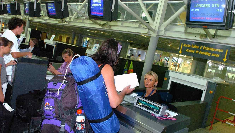 Aerolíneas buscarán reemplazar las tarjetas de embarque con reconocimiento facial