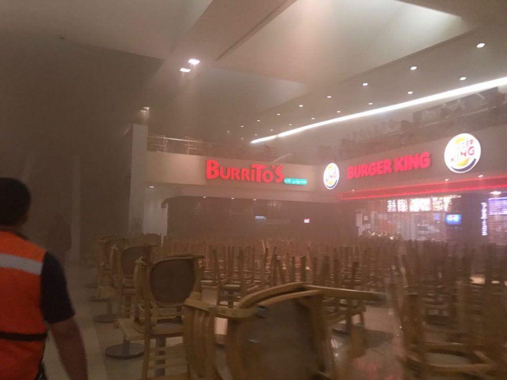 Incendio Registrado En Plaza Satélite Deja