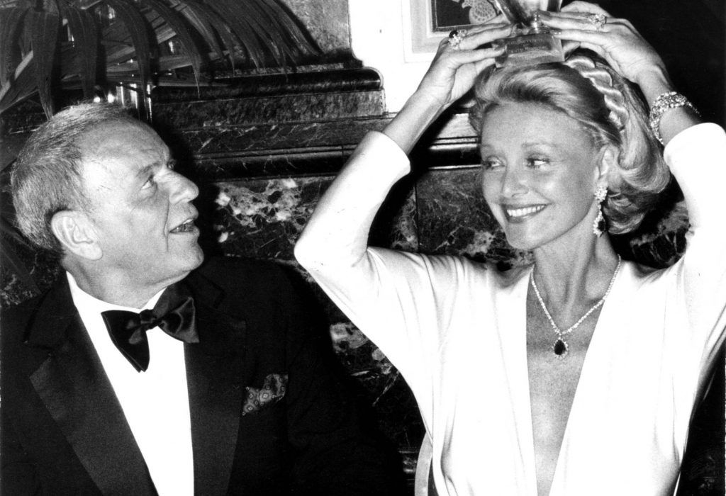 Muere la esposa de Frank Sinatra a los 90 años