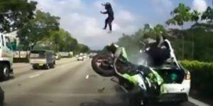 Motociclista Singapur, screenshor