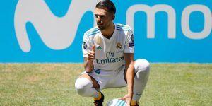 Real Madrid's new player Dani Ceballos poses during his presentation at the Santiago Bernabeu stadium in Madrid