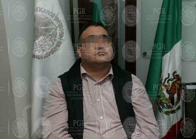 Confirma tribunal vinculación a proceso contra Javier Duarte por delincuencia organizada