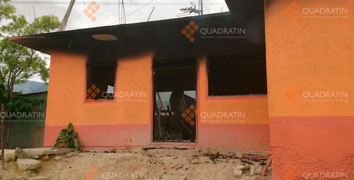 Bloques, incendios y heridos en Oaxaca por riña entre colonos