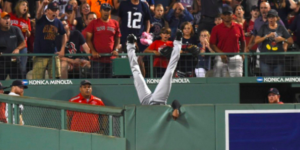 #Video Austin Jackson hace la atrapada del año en las Grandes Ligas