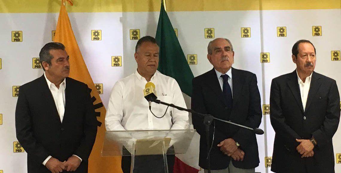 Ex presidentes del PRD respaldan a López Obrador