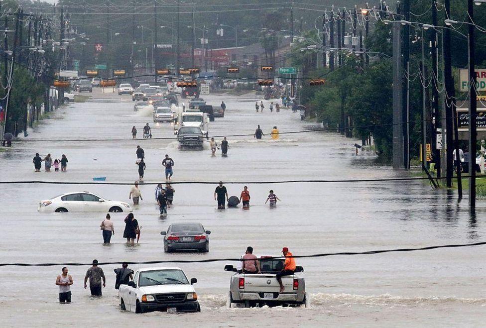 Sandra Bullock dona un millón de dólares para afectados por