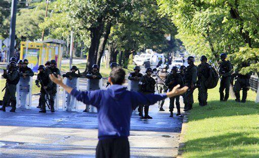 Venezuela: Capturaron a líderes de levantamiento militar contra Maduro