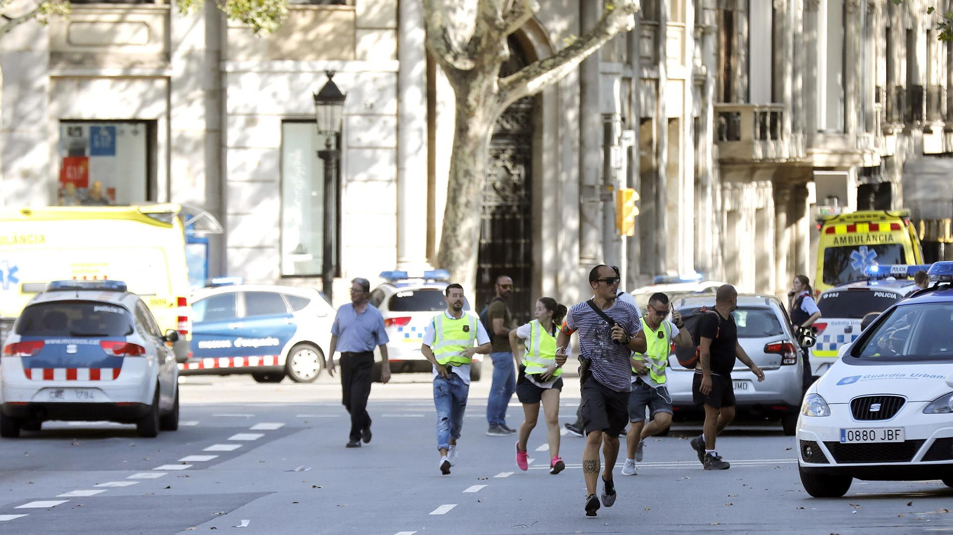 Estado Islámico asume la autoría del ataque — Atentado en Barcelona