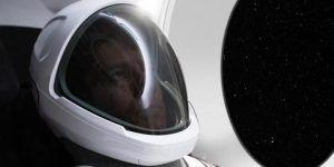 elon musk traje espacial