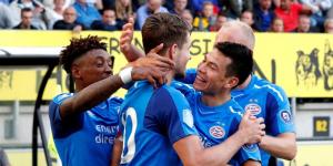 'Chucky' Lozano marca en victoria del PSV