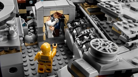 Lego lanza Halcón Milenario de 7 mil 541 piezas