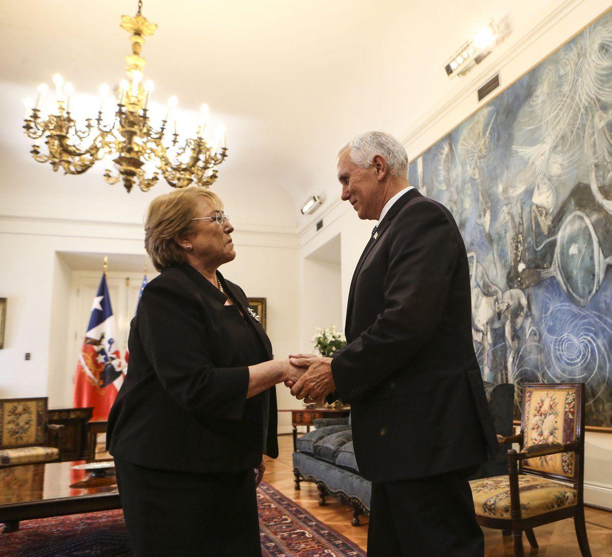 Vicepresidente de EEUU llega a Chile en gira marcada por crisis venezolana
