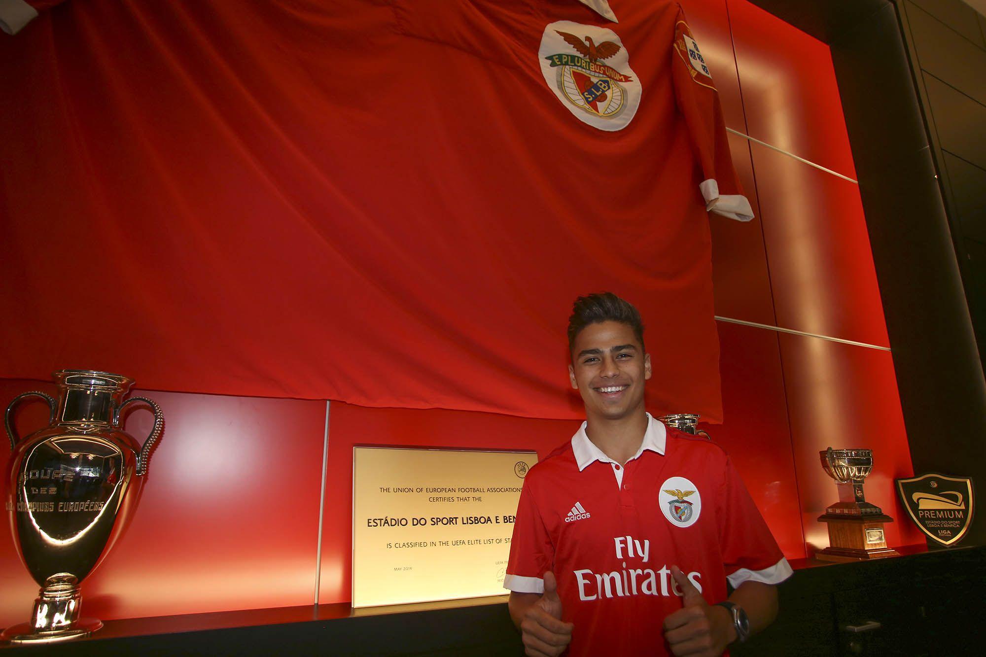 Benfica tiene otro mexicano, el equipo portugués fichó a este defensa azteca