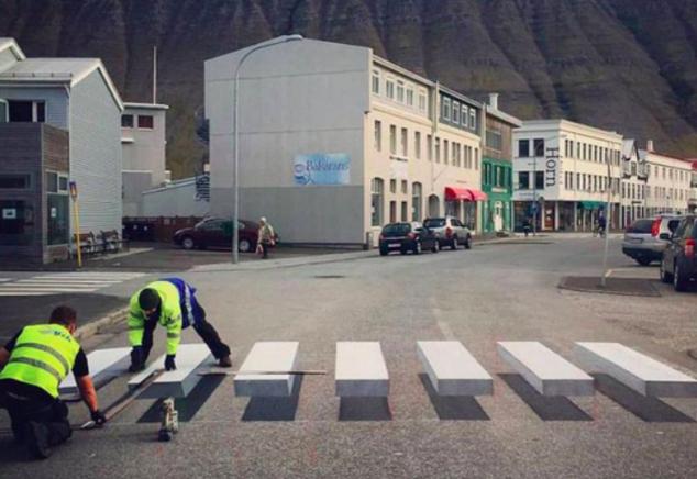 Con sendas peatonales en 3D quieren obligar a frenar a automovilistas