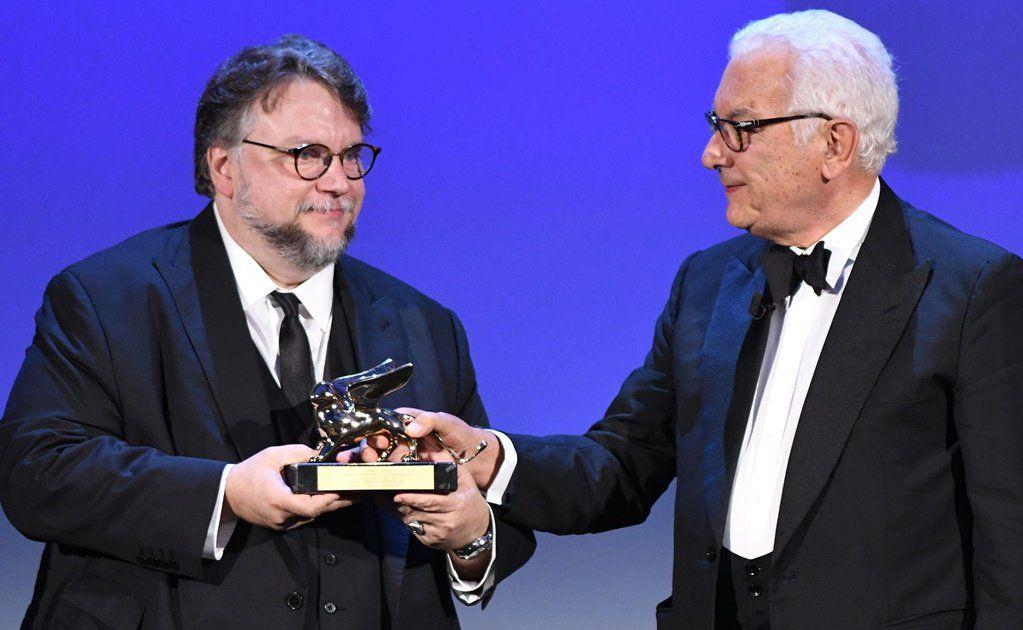 Guillermo del Toro gana León de Oro en Venecia por mejor película