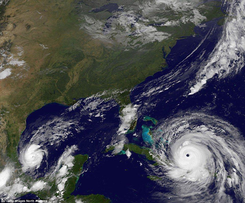 Irma se degrada a categoría 3 pero sigue siendo peligroso