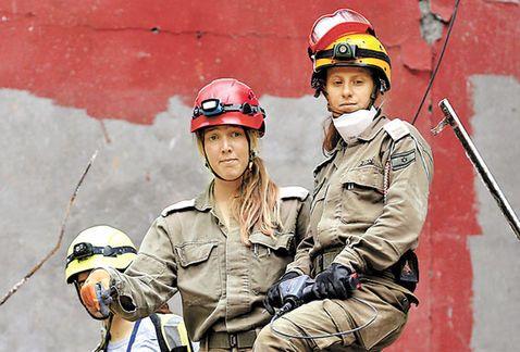 Apoyan rescatistas de Israel en Álvaro Obregón 286; hay 48 desaparecidos