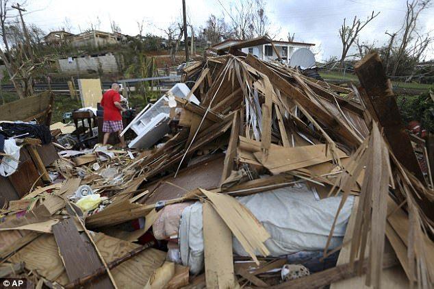 Trump levanta restricciones para ayudar a Puerto Rico