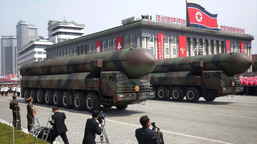 Trump envío bombarderos a la península de Corea